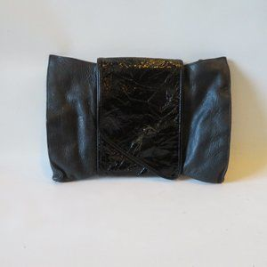 DANIELLE NICOLE BLK LEATHER & PATENT CLUTCH*